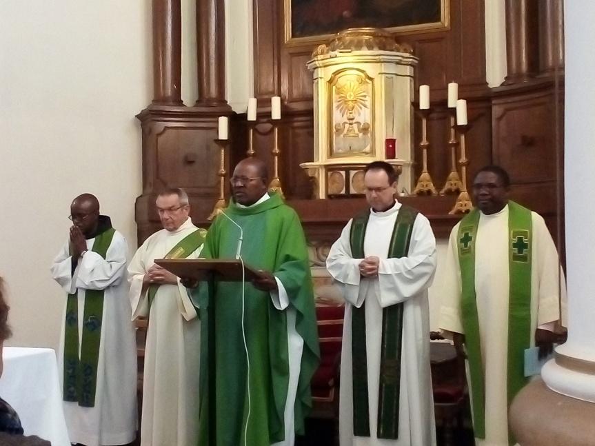 Le mot du curé: Manifester laGloire